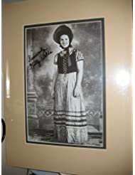 * KITTY WELLS * classic country music signed 8x11 book photo display / UACC RD # 212