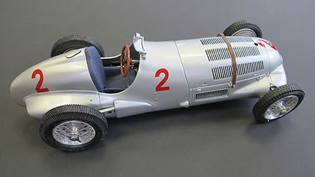 CMC-Classic Model Cars Mercedes-Benz W125 1937 GP Donington #2 Vehicle
