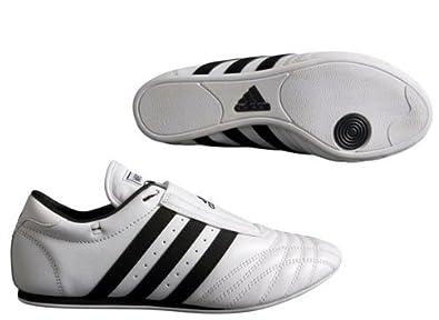 ad98cb983cfc Chaussures taekwondo Adidas cuir SM2 bandes noires  Amazon.fr ...