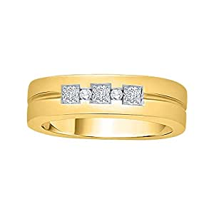 Round Brilliant and Princess Cut Mens Diamond Band in 14K Yellow Gold (1/4 cttw, G - H Color VSSI Clarity)