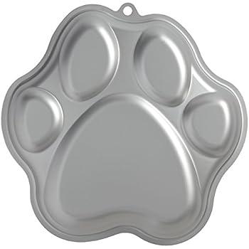 Amazon Com Wilton Cake Pan 101 Dalmatians Puppy Pup Dog