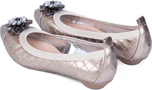 Scarpe Piatte Da Donna In Oro Invecchiato Con Borchie A Punta Di Diamante