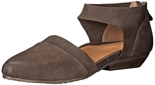 Gentle Souls by Kenneth Cole Women's Noreen Pointed Toe Flat, Dark Brown, 11 M US