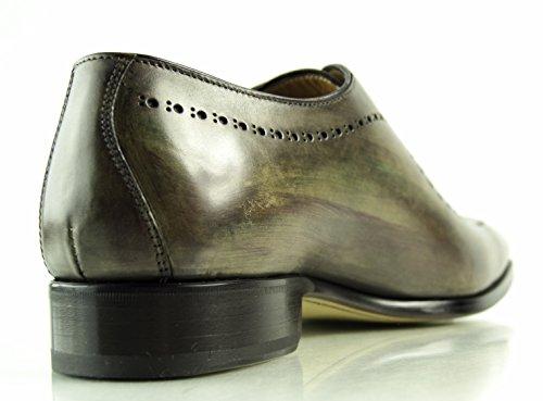 Francesco Benigno , Chaussures à lacets et coupe classique homme