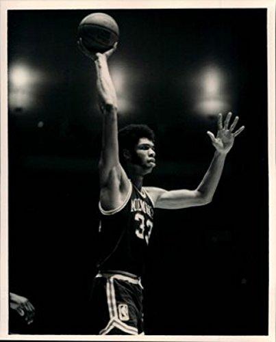 Kareem Abdul-Jabbar 18X24 Poster New! Rare! -