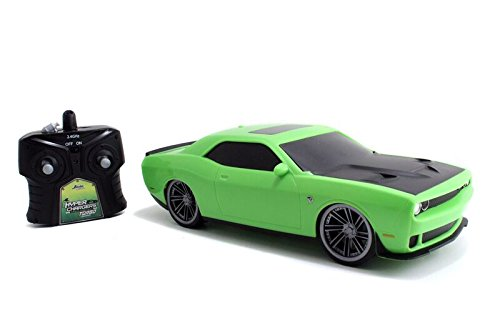 Jada-Toys-HyperChargers-Big-Time-Muscle-RC-2015-Challenger-Hellcat-Vehicle-116-Scale-GreenBlack