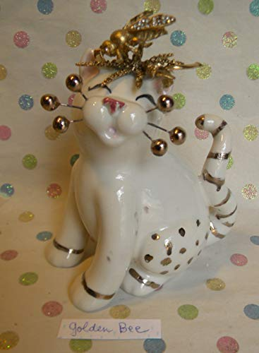 Figurine Heart Cat - Golden Bee cat with Bee and 24K Lustre=^.^= unique and adorable WC piece by Amy L.