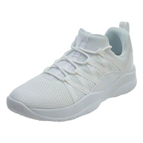 Jordan 844371-100 : Girl's Deca Fly Basketball Shoe White/White (4 M US Big Kid)