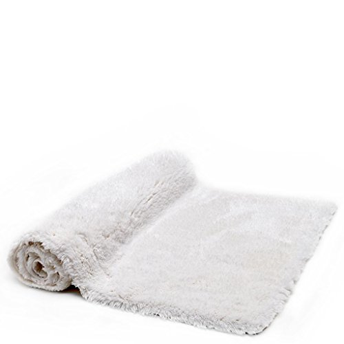Waterworks Velo Cashmere Blend 27'' x 55'' in White by Water Works