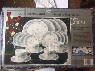 Bavaria Johann Haviland Blue Garland 20 Piece Set Setting for 4