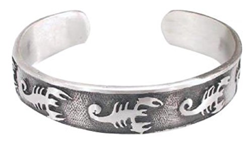 Dan's Jewelers Deadly Poisonous Scorpion Bug Bracelet, Fine Pewter Jewelry (Womens Poisonous Costume)