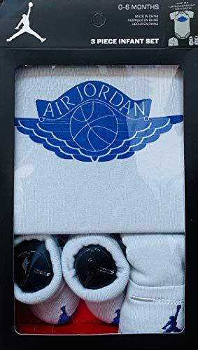 (Jordan Newborn Boys 3 PCS Gift Box (0-6 Months, Light Grey/Royal Blue))