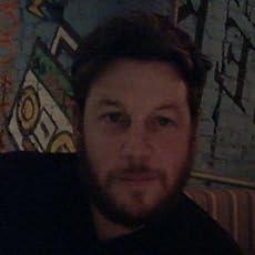 Kris Holt