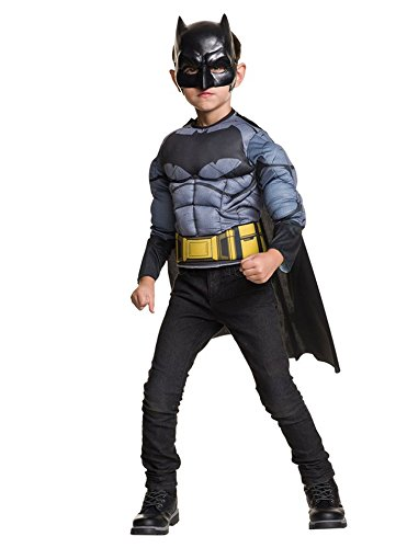 (Batman v Superman: Dawn of Justice Batman Muscle Chest Shirt)