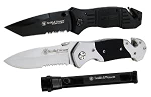 Smith and Wesson Tactical Knives and Flashlight Kit