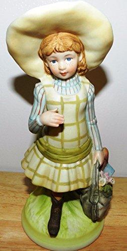 Vintage 1973 HOLLY HOBBIE HHF4 Figurine Girl in Green Square Dress Holding Bag Loose Figure