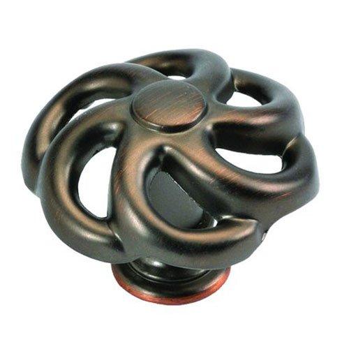 Blacksmith Bronze Finish (Hickory Hardware PA1311-RB 1-1/2-Inch Charleston Blacksmith Cabinet Knob, Refined Bronze)