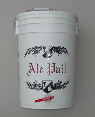 65-Gallon-Bottling-Bucket-with-Lid-and-Spigot-for-Bottling-Beer