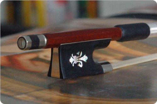 D Z Strad Model 560 Pernambuco Wood Violin Bow-4/4 Full Size (Full Size - 4/4) D Z-6845