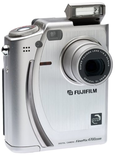 Fujifilm FinePix 4700 2.4MP  Digital Camera w/ 3x Optical Zoom