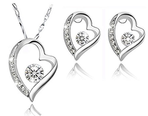 (Poonsuk@lucky Austrian Crystal White Gold Plated Heart Earrings and Heart Pendant Jewelry Set.)