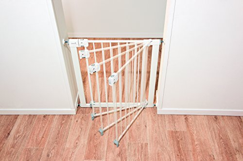 Safety-1st-Easy-Install-Auto-Close-Walk-Thru-Gate-Fits-Spaces-between-29-and-38