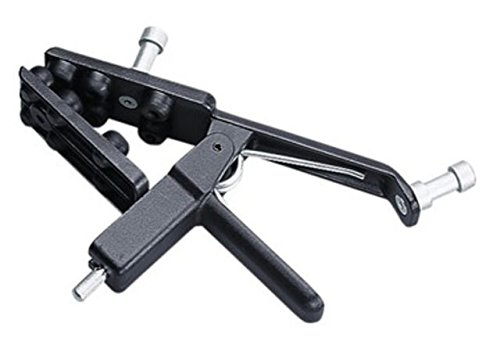 Avenger C1525 Adjustable Gaffer Grip ()