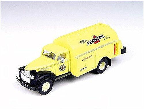 Ho Oil (HO Scale 1941-1946 Chevrolet Tank Truck,Pennzoil Oil)