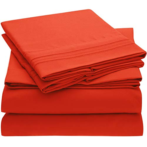 Mellanni Bed Sheet Set - Brushed Microfiber 1800 Bedding - Wrinkle, Fade, Stain Resistant, Deep Pocket - Hypoallergenic - 4 Piece (Queen, Red)