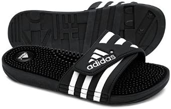 adidas Sandales Adilette Adissage. avec Fermeture Velcro