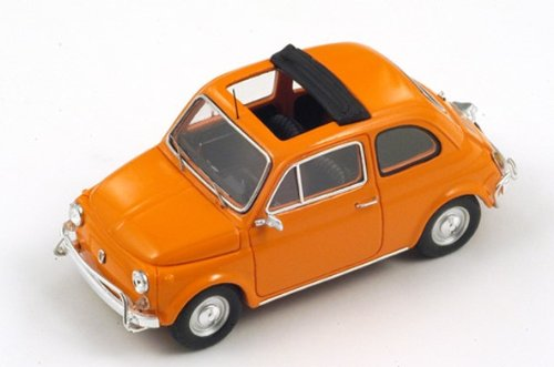 Fiat 500 L in Orangeダイキャストモデルカーin 1 : 43スケールby Spark B0733NFV5K