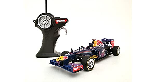 Amazon.com: Maisto ~ Infiniti Red Bull de Fórmula 1 coche de ...