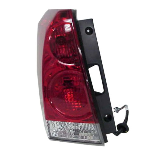 06 quest driver tail light - 5