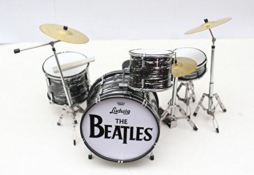 (Ringo Starr BEATLES Miniature Drumkit (GM204))