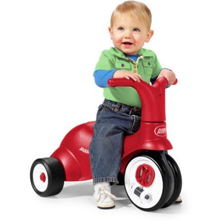 Scoot 2 Pedal 2 in 1 Ride On/Trike With Ergonomically Contoured Seat By Radio Flyer