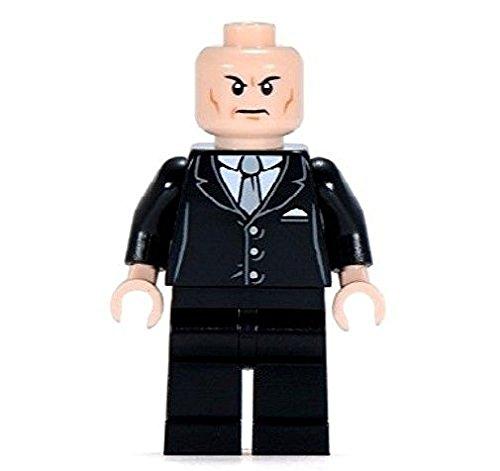 with LEGO DC Superheroes Minifigures design