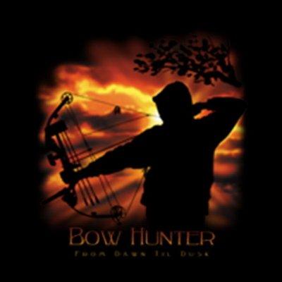 Mythologie der Ureinwohner Nordamerikas T-Shirt Bow Hunter in schwarz