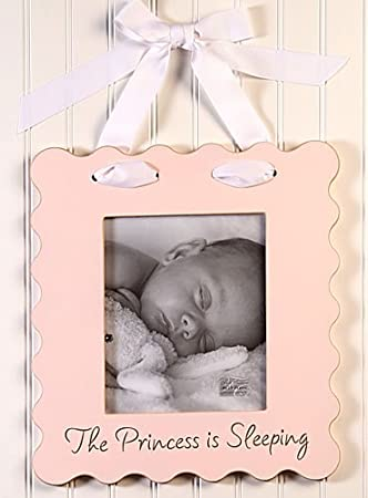 Amazon.com : 8 x 10 Hanging Scalloped Picture Frame : Nursery ...