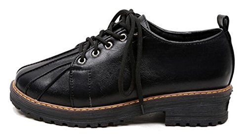 Showhow Womens Trendy Solide Bout Rond Bas Haut Lace Up Talon Plate-forme Creepers Sneakers Noir