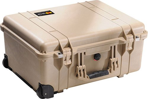Pelican 1560 Large Crushproof Wheeled Dry Box, 22x18x10.4in, Desert Tan Case 1560 w/