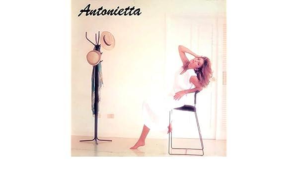 Tu Caso Soy Yo by Antonietta on Amazon Music - Amazon.com