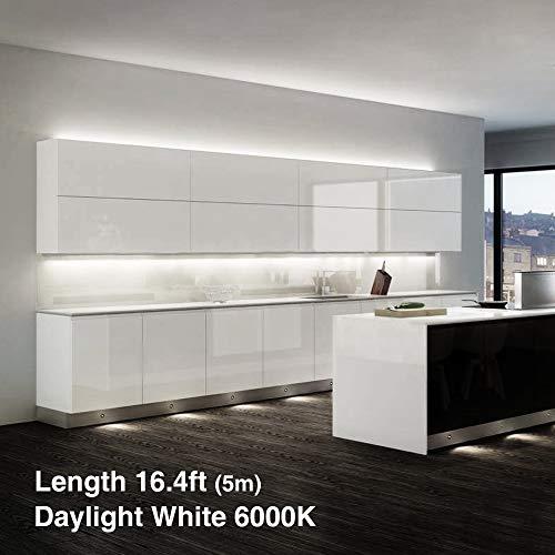 Onforu 5M LED Strip mit Netzteil   LED Streifen 300 LEDs Lichtband mit  AN/AUS-Schalter 6000K Kaltweiß   Selbstklebend 2835 LED Band    Innenbeleuchtung ...