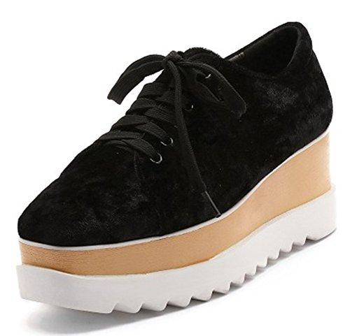 Idifu Kvinna Mode Låg Topp Spets Upp Höga Kil Klackar Plattform Sneakers Faux Mockaskor Svart