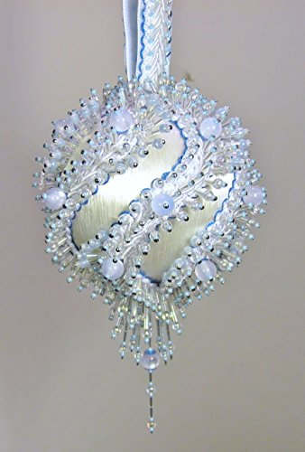 (The Glimmer Tree Glacier Beaded Ornament Kit 3