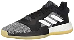 Updating a classic look with modern details, these men's low-cut basketball shoes are built for quickness and agility on the hardwood. They feature a molded ankle collar with a cushioned heel for support and comfort. A responsive midsole retu...