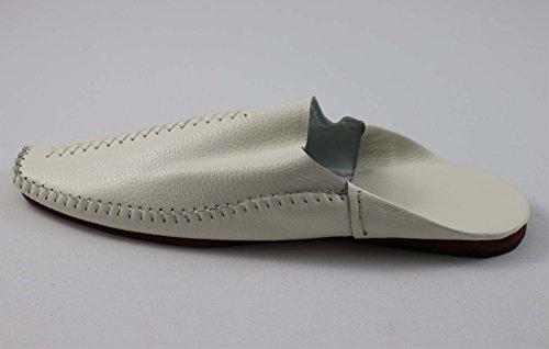 249d238574a0 ... ChiCies Babouche Aus Marokko - Herren Hausschuhe Aus Leder Handarbeit  Weiß