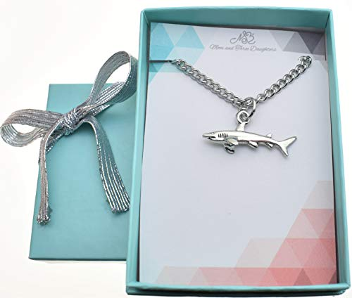 (Shark charm pendant in silver pewter on an 18