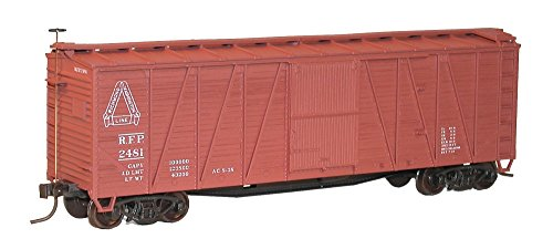 Accurail 4324 HO Scale KIT 40 FT Outside Braced Boxcars - RF&P