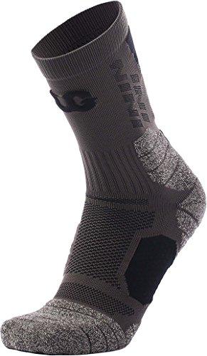 Mens Womens Athletic Crew Socks fit (Fancy Pants Rub)