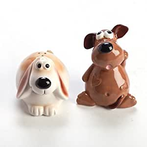 SALT & PEPPER SHAKERS FRED AND GINGER CUTE DOGS 87 MM HIGH REALLY CUTE HOLD THEM TOGETHER
